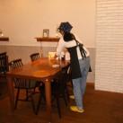 ホール担当のテーブル後片付け