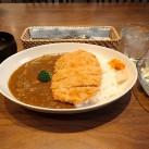 人気のカツカレー(サラダ・スープ付)
